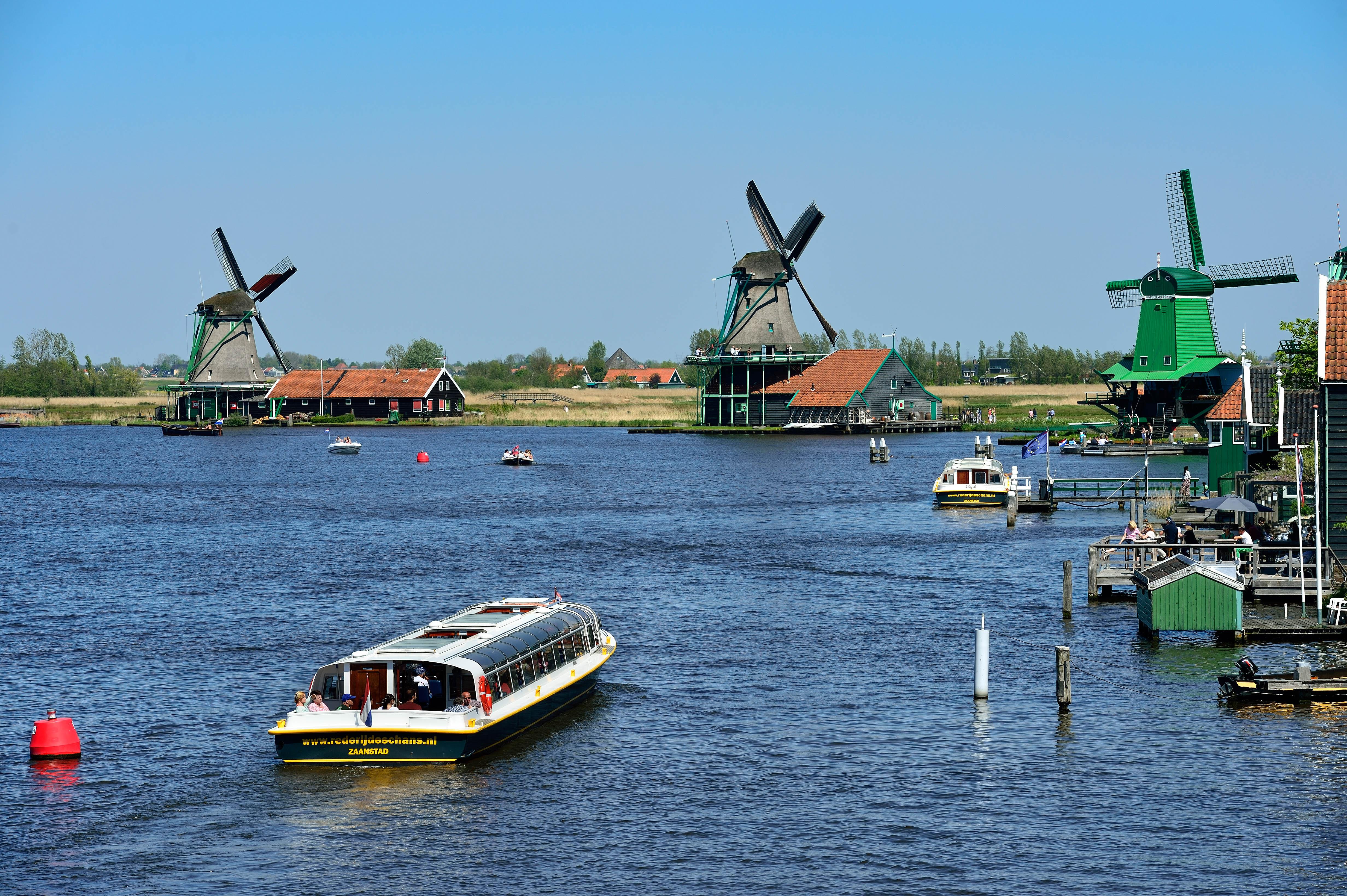 Jabsco Toilet Aanbieding : Boat tours and jetties around the zaanse schans